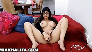 MIA KHALIFA - Cum Play With Me, I'_m Lonely